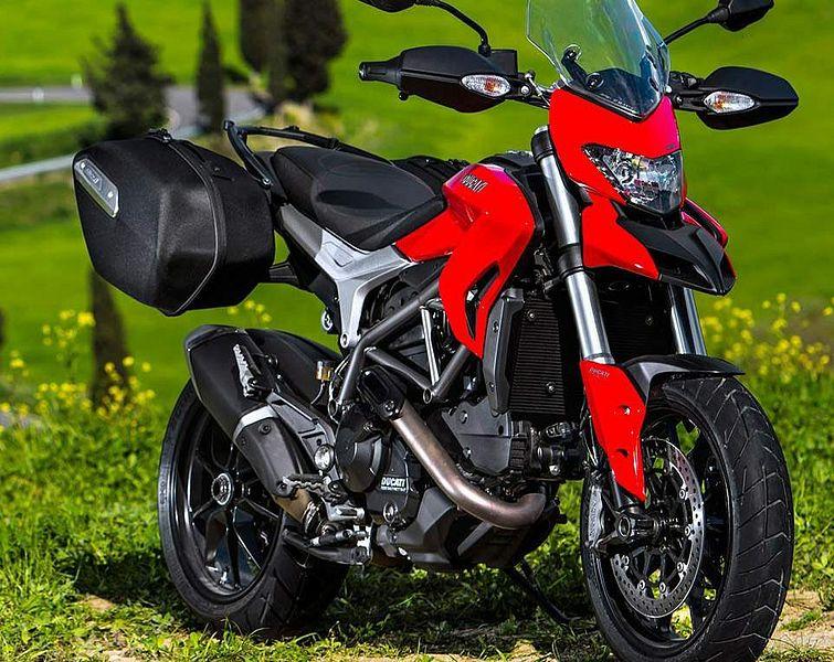 Ducati Hypermotard 820 (2015)