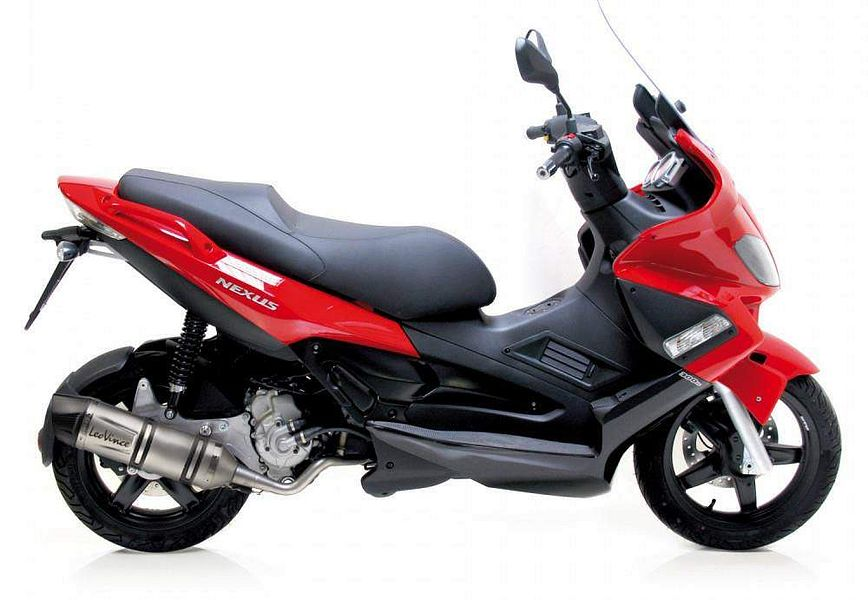 Gilera Nexus 250 (2009) - MotorcycleSpecifications com
