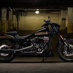 Harley Davidson FXSB-SE Pro Street Breakout CVO (2017)