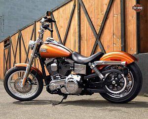 Harley Davidson Dyna Street Bob (2015)