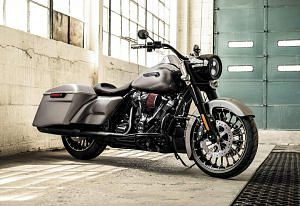 Harley Davidson FLHR Road King (2017-18)