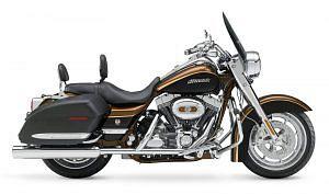 Harley Davidson FLHRS Road King Custom (2008)