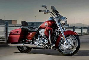 Harley Davidson FLHRSI Road King (2013)