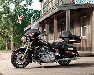 Harley Davidson FLHTCU Electra Glide Ultra Classic (2013)
