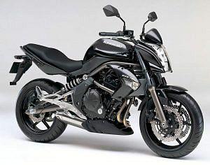 Kawasaki ER4n (2013-14)