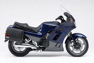 Kawasaki GTR1000 (1997-00)