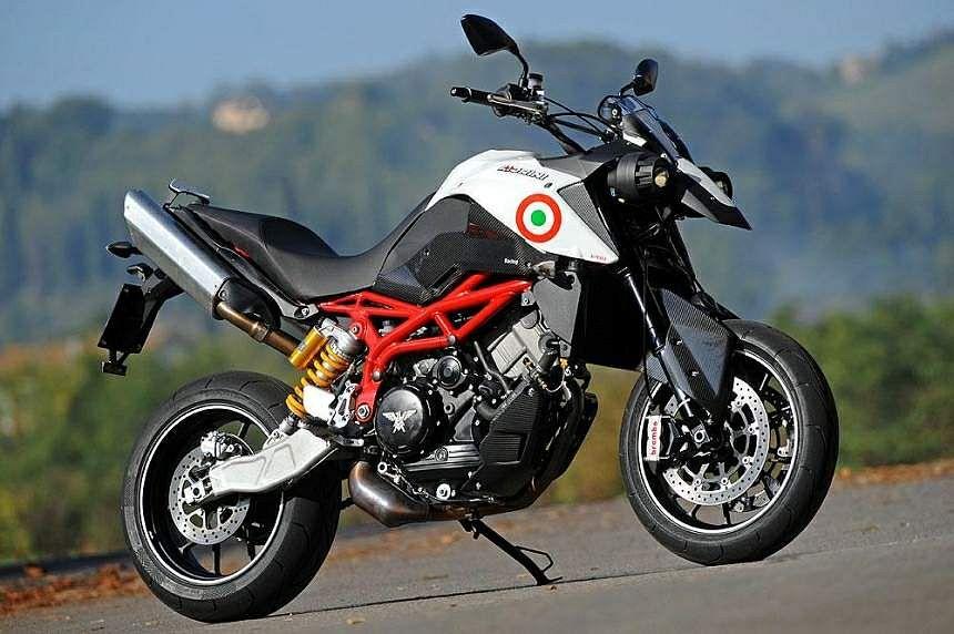 Moto Morini V12M01 supermoto Prototipo (2010)