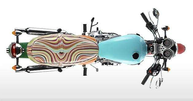 Triumph Bonneville T100 Multi Swirl (2005)