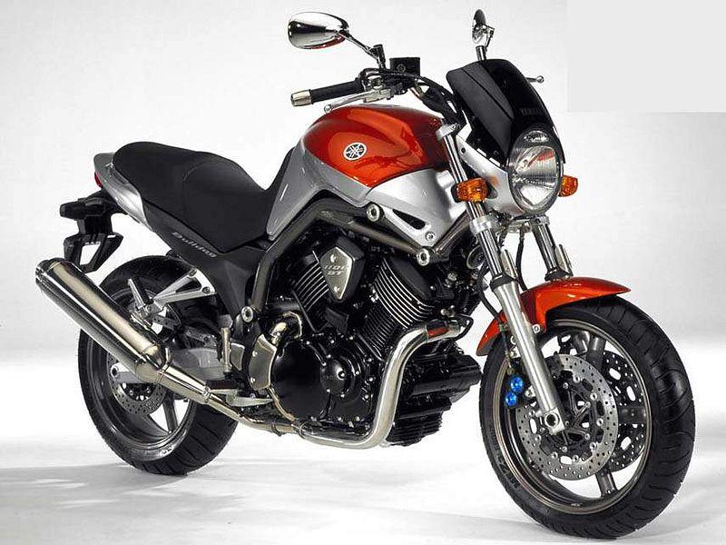Yamaha BT1100 (2003)