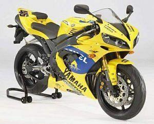 Yamaha YZF 1000 R1 Camel GP Rep (2006)