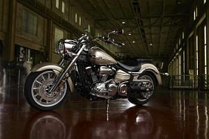 Yamaha Star Roadliner S (2012-13)