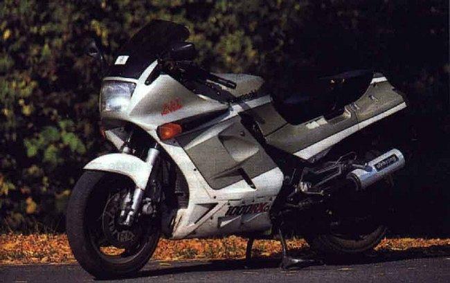 Kawasaki GPZ1000RX (1988)