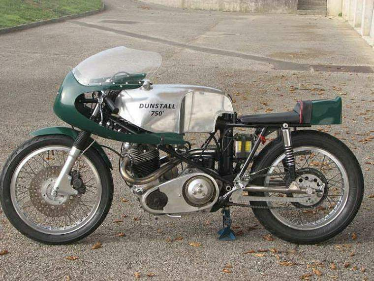 Norton Dunstall (1966-75)