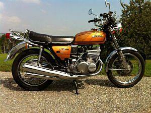 Suzuki GT550 (1976-77)