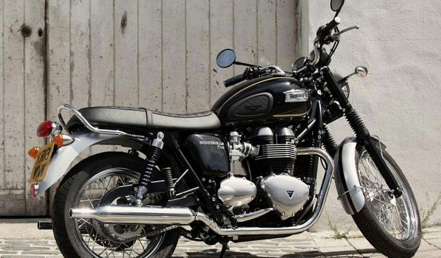 Triumph Bonneville T100 SE (2015) - MotorcycleSpecifications com