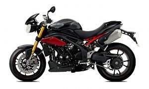 Triumph Speed Triple R (2015)
